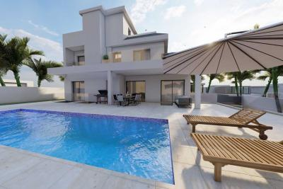 Stunning 'New Build' 4 bedroom detached villa with priva...